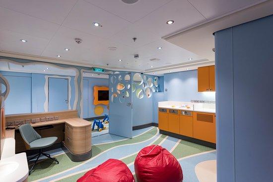 Guppies Playroom on Norwegian Bliss