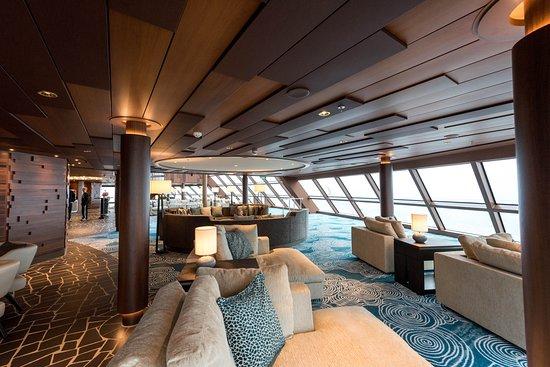 Horizon Lounge on Norwegian Bliss