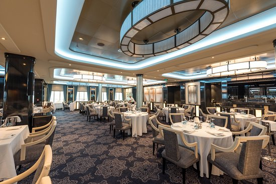 Manhattan Room on Norwegian Bliss