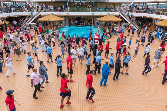 Sail-Away Party on Carnival Horizon