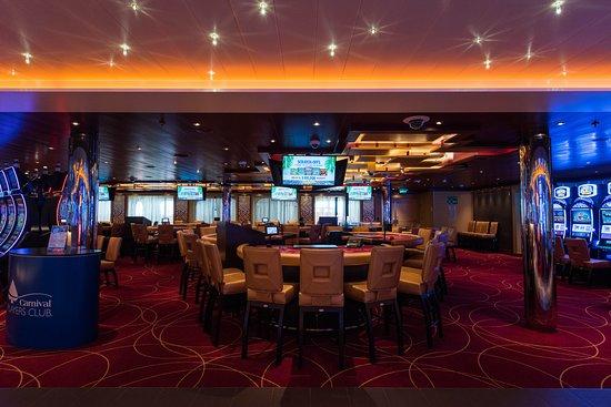 Horizon Casino on Carnival Horizon
