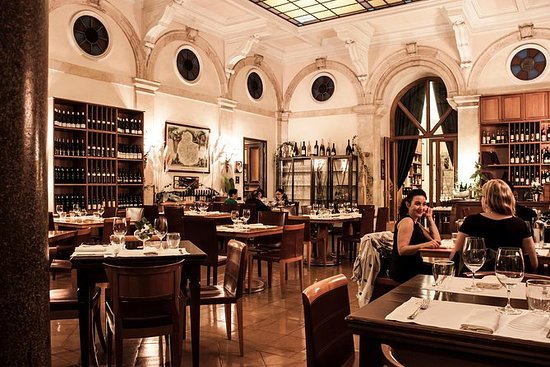 Rome Gourmet Wine and Dinner...