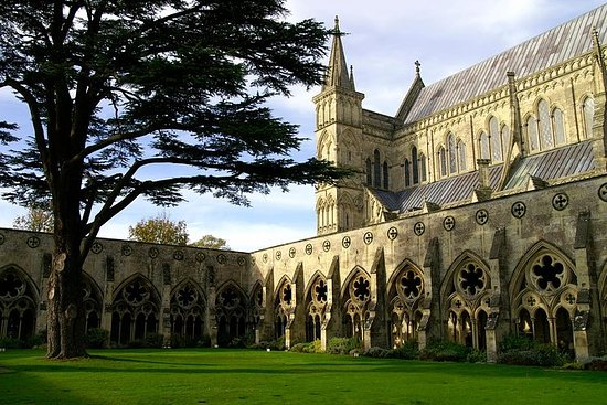 Afternoon Tea in Salisbury Cathedral...
