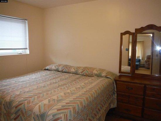 Bedroom in one bedroom suite