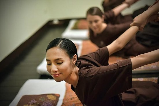 2 Hour Traditional Thai Massage in...