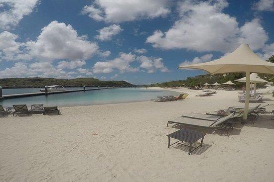 私人库拉索岛快艇海滩和浮潜冒险