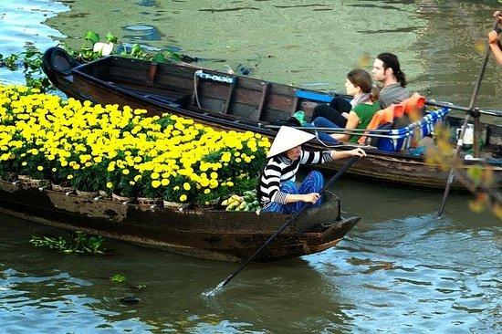 Excursion d'une demi-journée au delta du Mékong et au marché flottant...