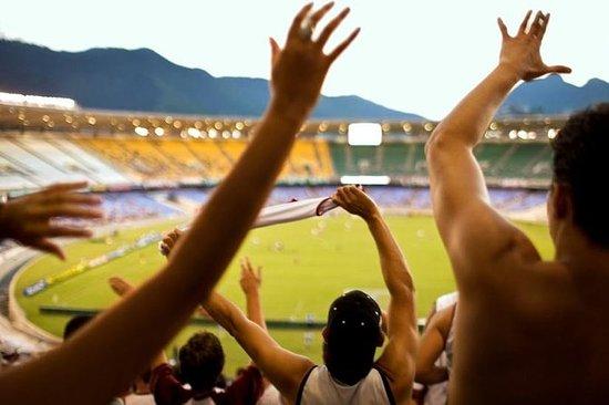Partita di calcio a Rio de Janeiro