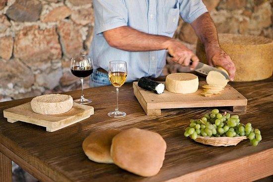 Il tour dei formaggi e dei vini