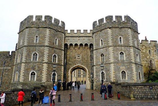 Excursión para grupos pequeños: Recorrido exprés del Castillo de Windsor en tren: Small-Group Tour: Windsor Castle Express Tour by Train