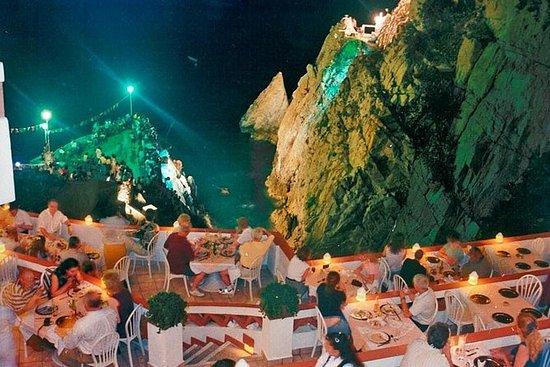 High Cliff Divers Show di La Quebrada