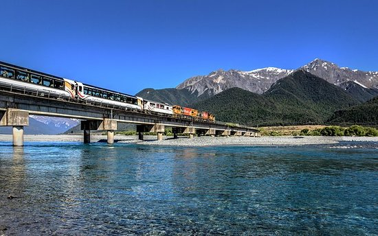 TranzAlpine Southern Alps Train...