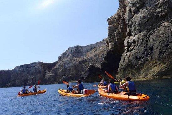 Viaje en Kayak por las cuevas con...