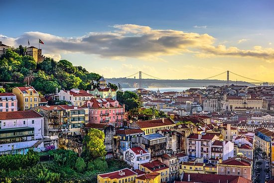 Lisbon to/from Oporto with stops in 3...