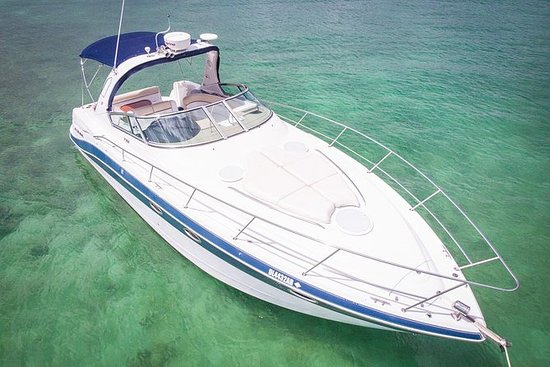 4-Hour Private Yacht Tour with Open...