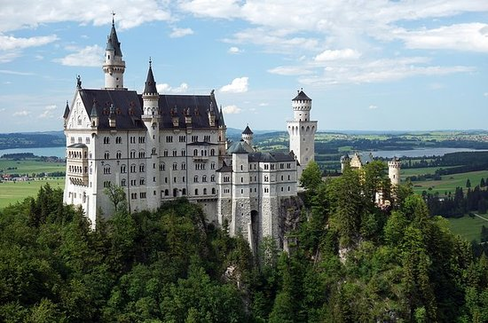 Neuschwanstein Castle Private Tour...