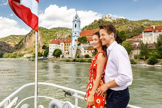 Grand Wachau Cruise Krems - Melk...
