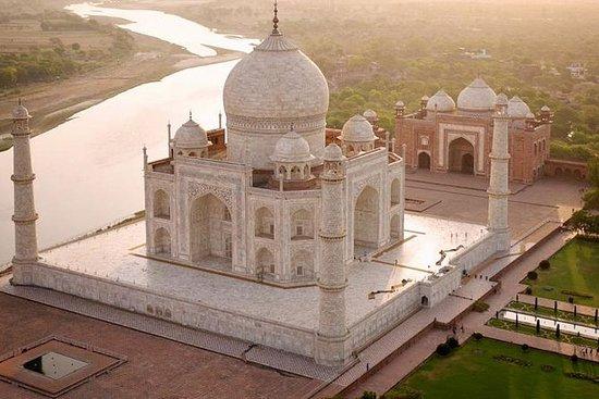 Taj Mahal Tour Med Gatimaan Express...