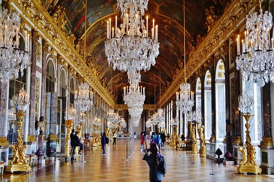 VERSAILLES PALACE PRIVATE GUIDED...