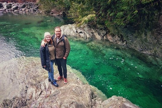 Escape to rugged waterfalls & Canyons