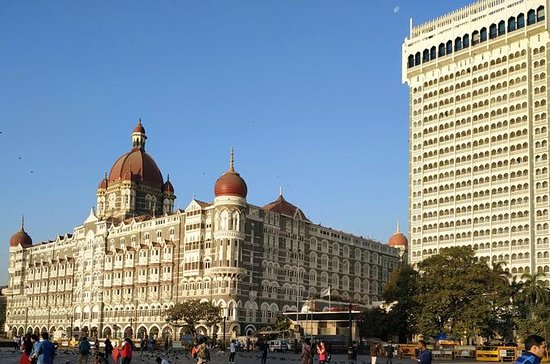 Private Mumbai City Tour with Dharavi Slum Tours
