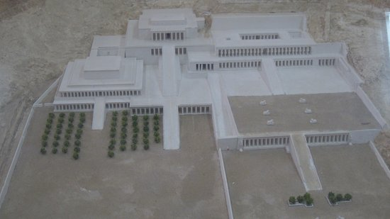 Model of the site.