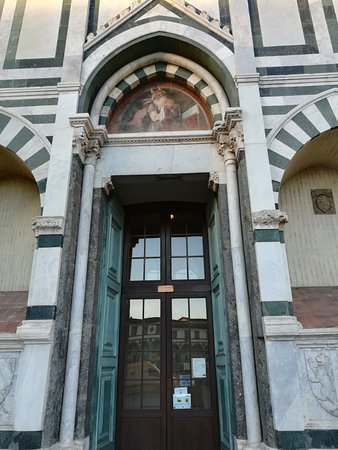 Basilica di Santa Maria Novella, январь.