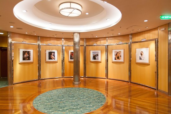 Photo Gallery on Independence of the Seas
