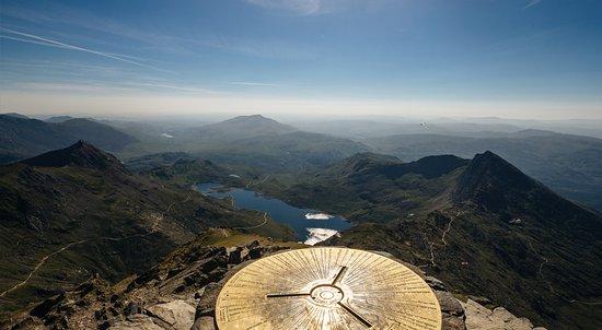 เวลส์, UK: View from the top of Mount Snowdon