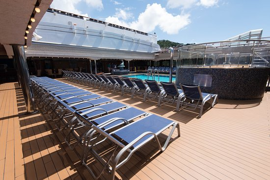 The Versailles Pool on Carnival Liberty