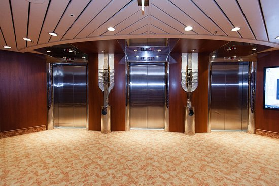 Elevators on Grandeur of the Seas