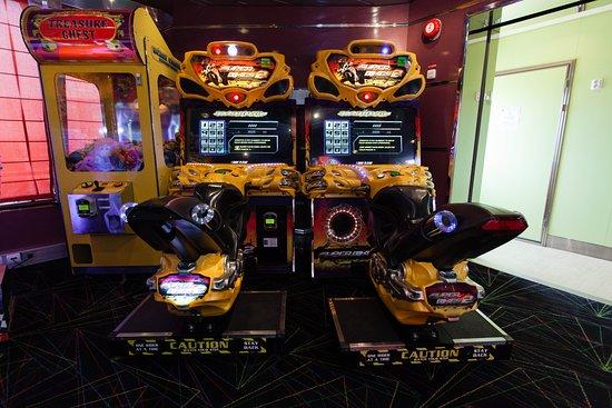 Video Arcade on Grandeur of the Seas