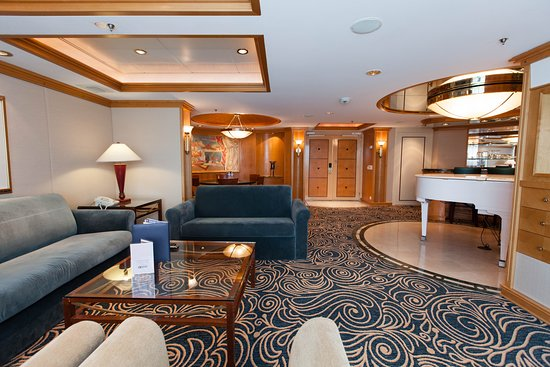 The Royal Suite on Grandeur of the Seas
