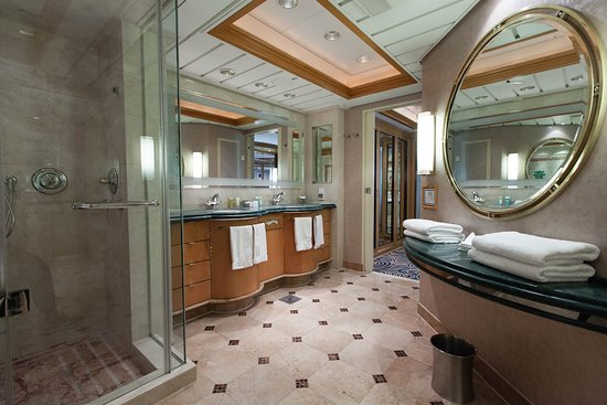 The Royal Suite on Grandeur of the Seas