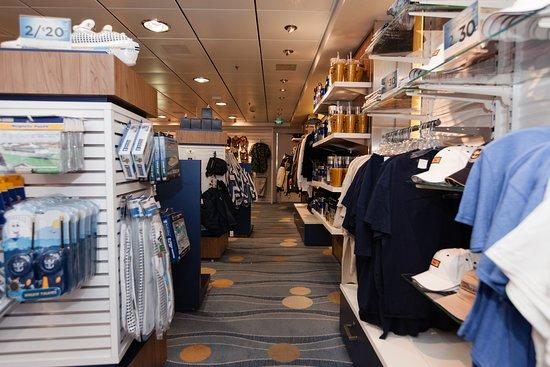 Shops on Grandeur of the Seas