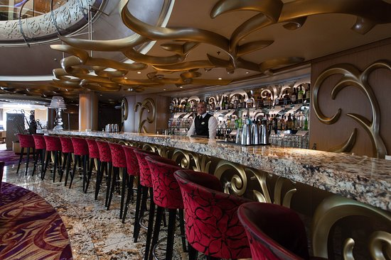 R Bar on Grandeur of the Seas