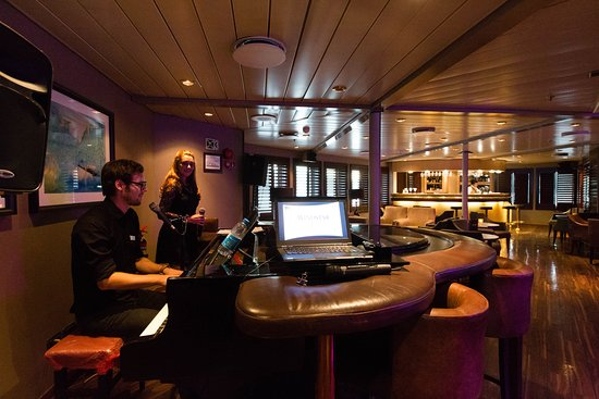 The Lounge on Wind Spirit
