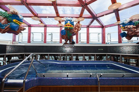 Thalassotherapy Pools and Hot Tubs on Carnival Splendor