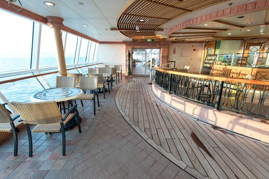 Park Cafe on Brilliance of the Seas