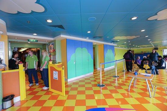 Splash Academy Kids Club on Norwegian Gem