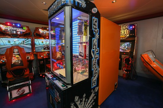 Video Arcade on Norwegian Gem
