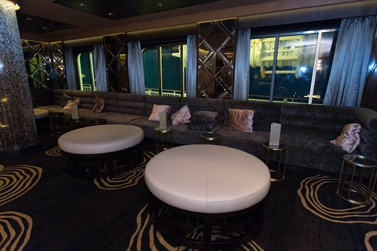 Bliss Ultra Lounge and Nightclub on Norwegian Gem