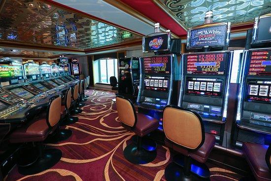 Norwegian Gem: Gem Club Casino on Norwegian Gem