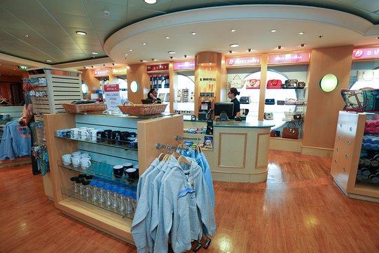 Shops on Norwegian Gem