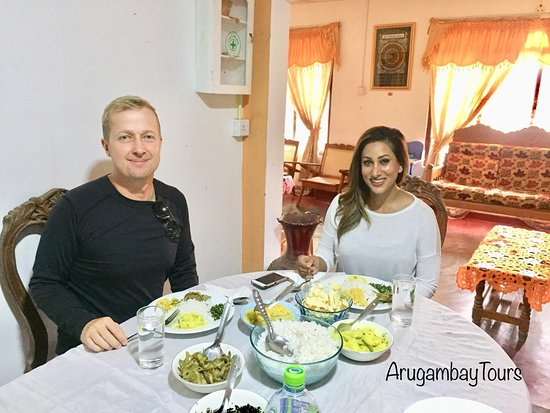 Arugam Bay, Sri Lanca: Enjoy your Sri Lanka meals while your holiday in arugambay with us
