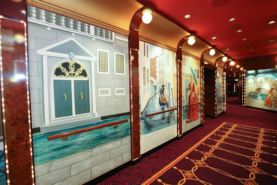 Stardust Theater on Norwegian Gem