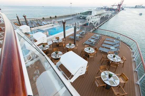 Aquavit Terrace on Viking Star