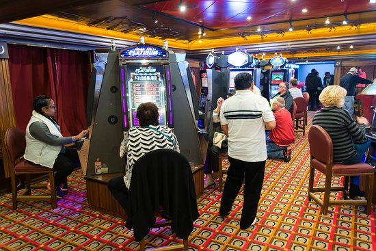 The Winners' Club Casino on Carnival Pride