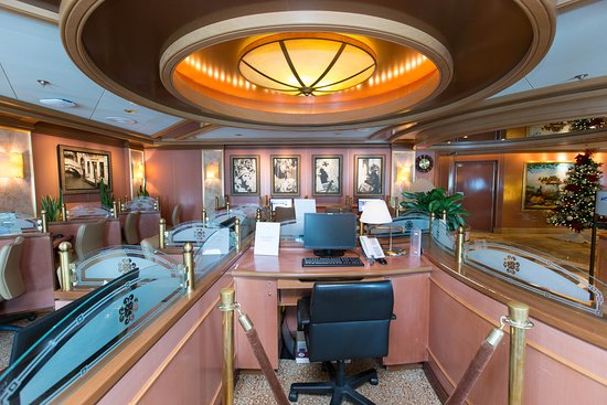 Internet Cafe on Crown Princess