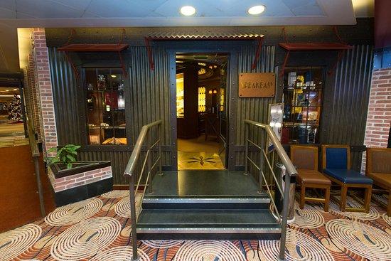 Speakeasy Cigar Lounge on Crown Princess